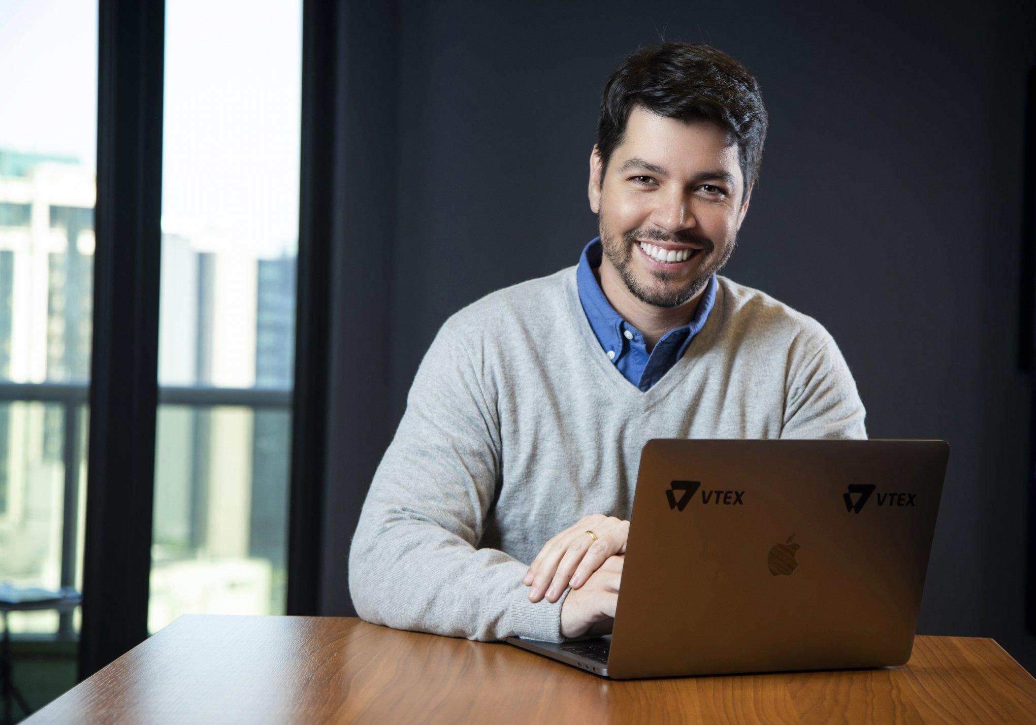 Felipe Dellacqua, professor da Fundamentos Digitais e especialista em e-commerce