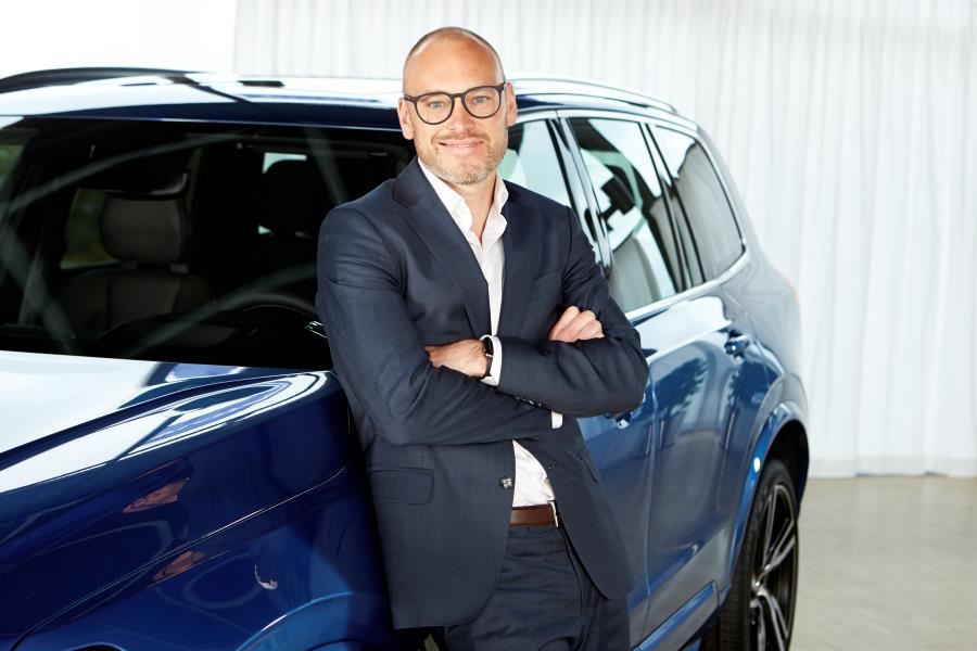 """""""Os híbridos ajudam a abrir caminho para uma transição para carros totalmente elétricos"""", afirma Björn Annwall"""